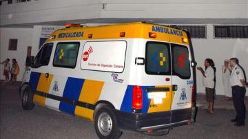 Una ambulancia en Canarias