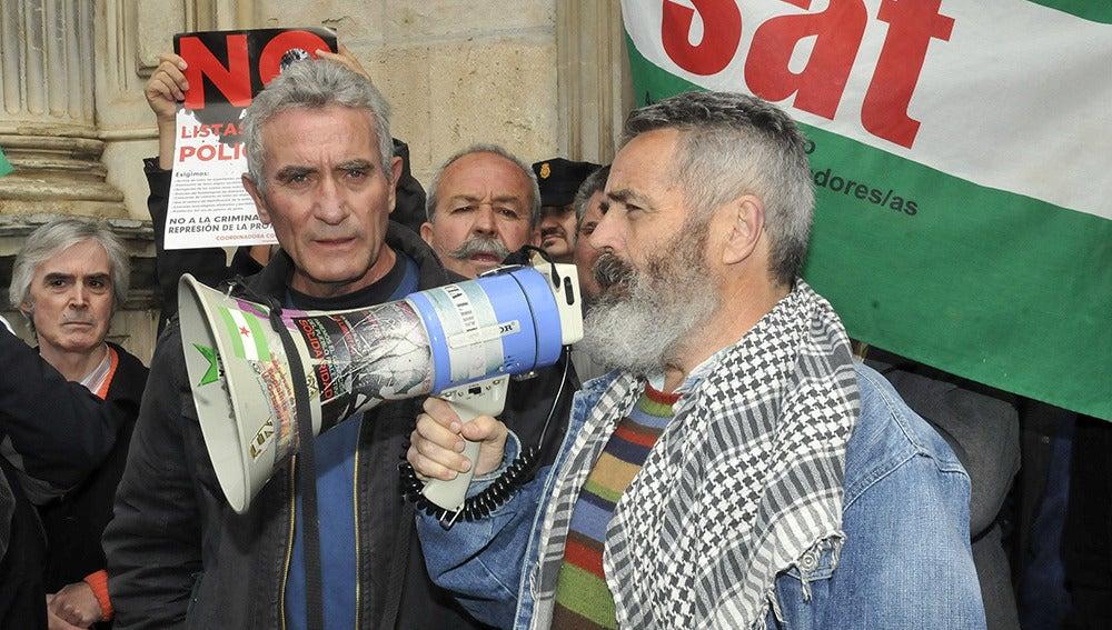 Sánchez Gordillo  junto al secretario general del Sindicato Andaluz de Trabajadores