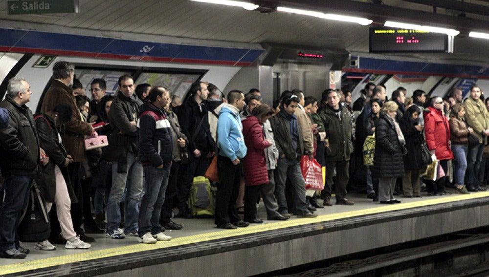 Estación de Sol en un día de huelga de metro