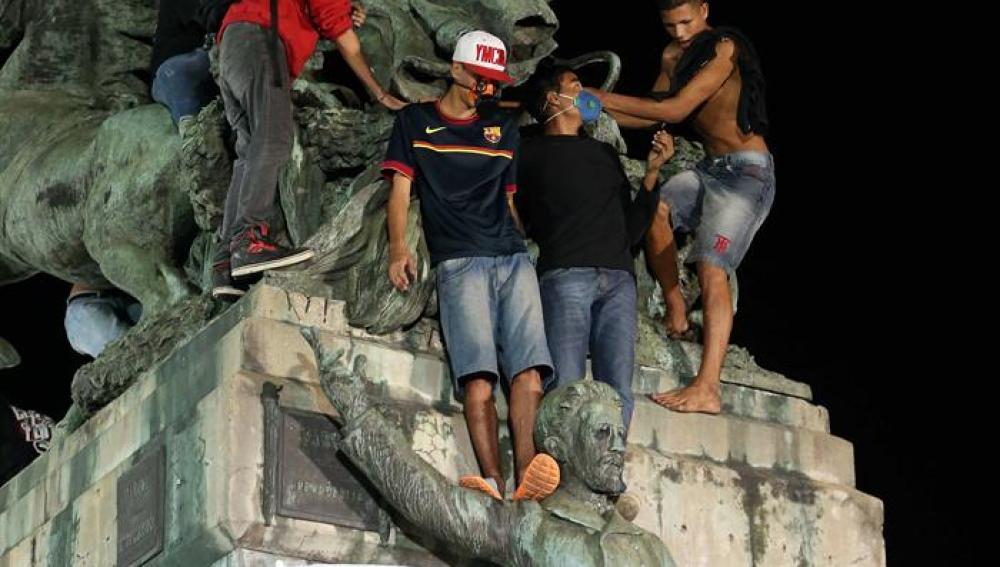 Un grupo de manifestantes brasileños durante las protestas