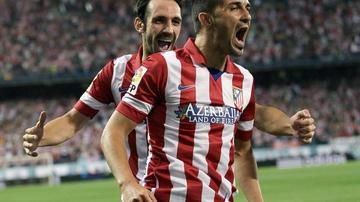 David Villa celebra un gol con el Atlético