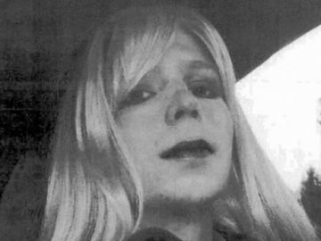 El soldado Manning dice que se siente mujer y pide que desde que le llamen Chelsea