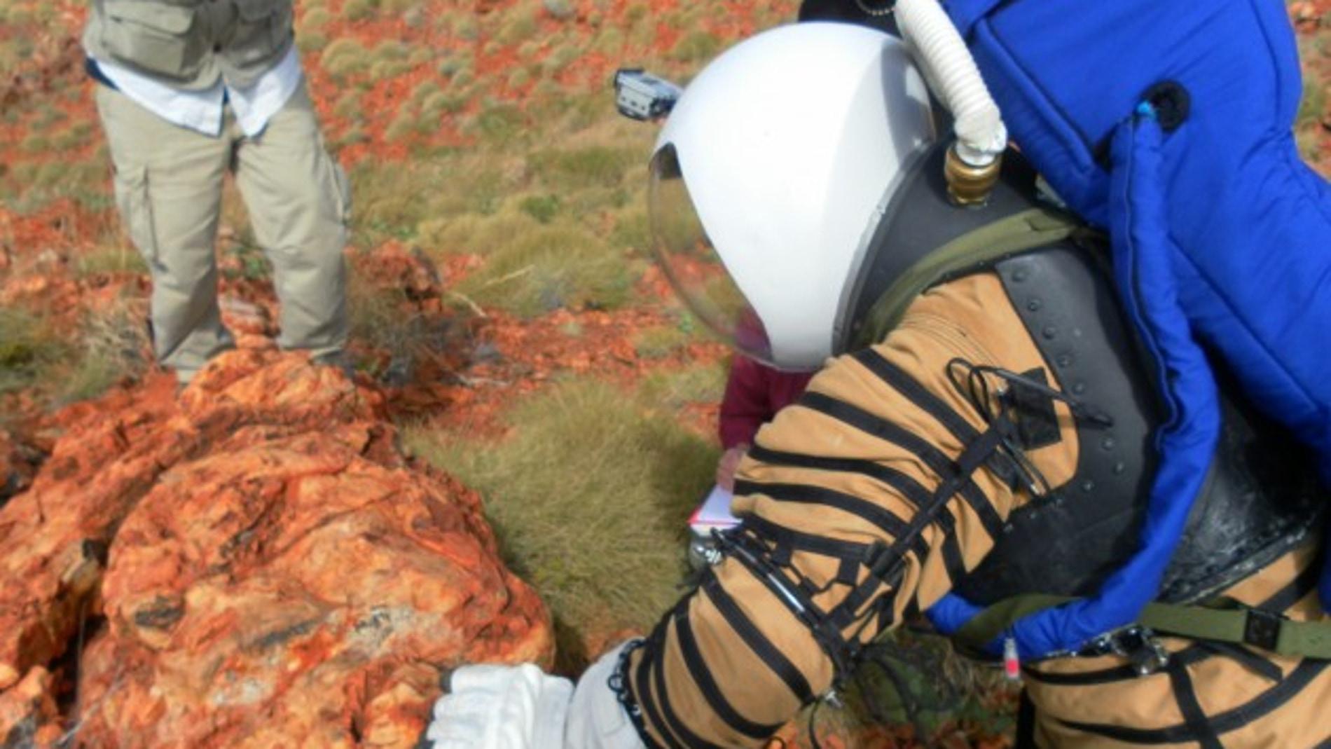 La NASA prepara trajes de astronautas para viajar a Marte