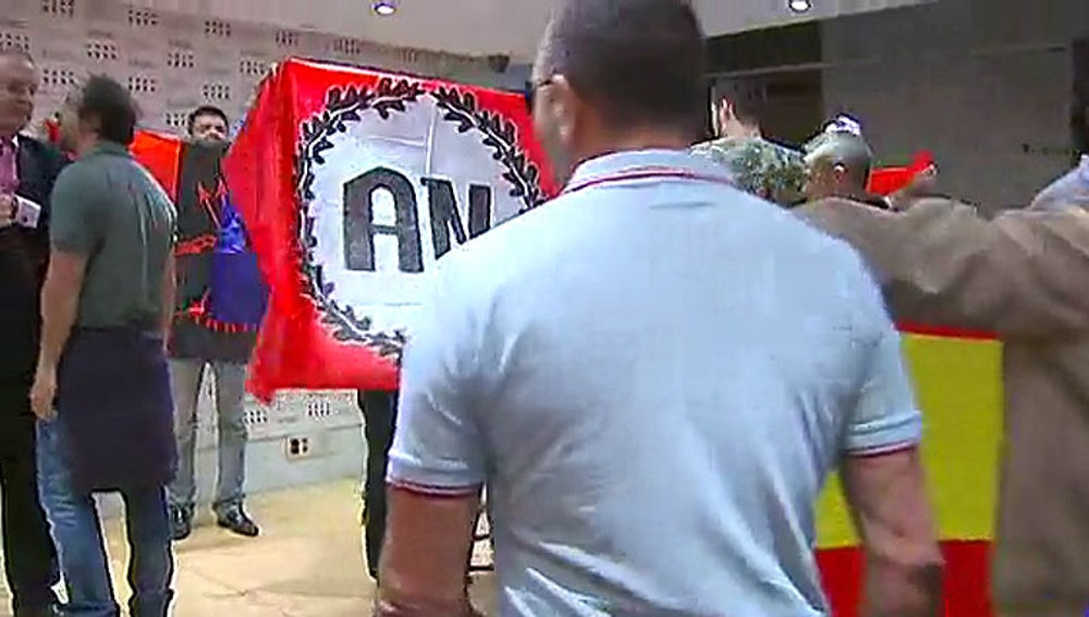 Radicales en la librería Blanquerna de Madrid