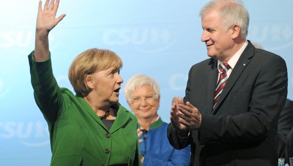 Merkel y Steinbrück aprietan el acelerador a un día de los comicios