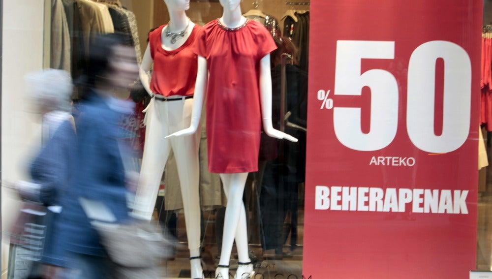 Las ventas del comercio minorista caen un 4,2% en agosto y suman 38 meses a la baja