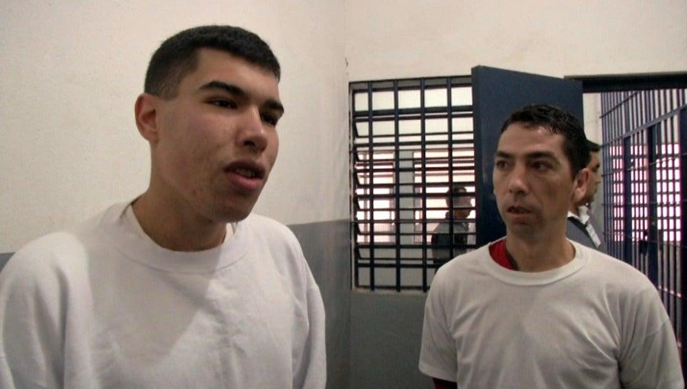 Dos presos españoles en Brasil