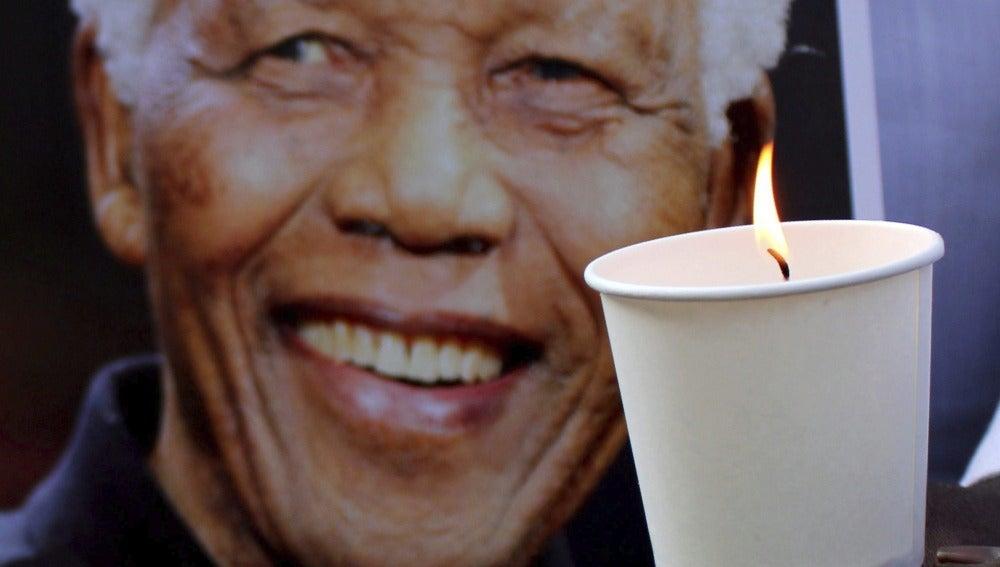 Tributo a Nelson Mandela (6-12-2013)