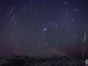 Lluvia de Gemínidas sobre el Teide