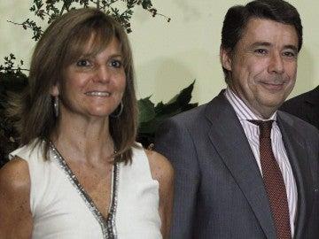 El expresidente de la Comunidad de Madrid y su mujer Lourdes Cavero