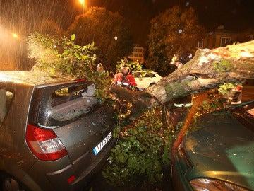 Un temporal de viento y lluvia azota entra por Galicia