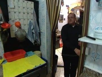 Antonio en la cocina