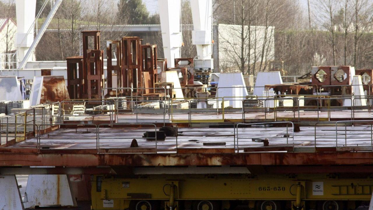 Astilleros Barreras de Vigo y Navantia Ferrol (en la imagen)