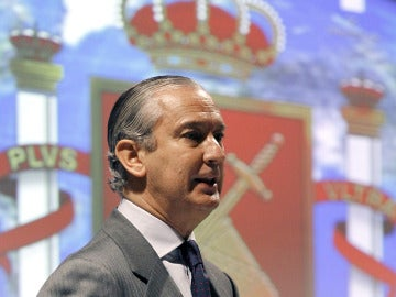 El exdirector general de la Guardia Civil, Arsenio Fernández de Mesa.