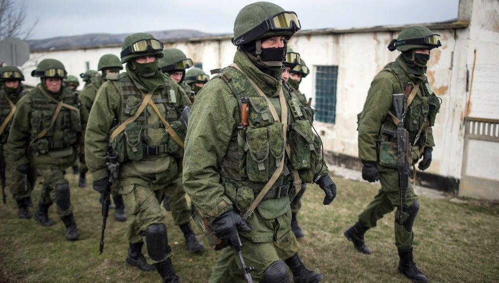 Más soldados en Ucrania