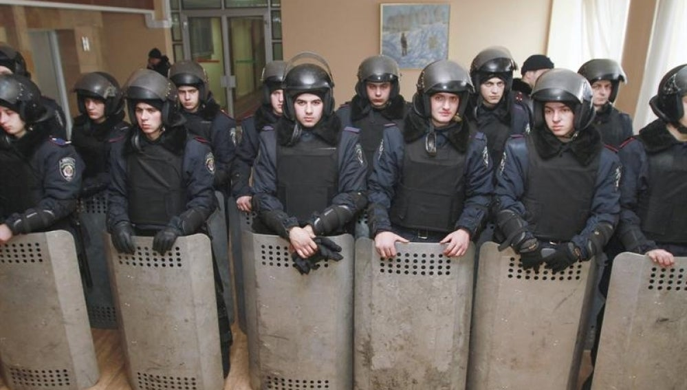 Prorusos en la sede del Gobierno de Ucrania.