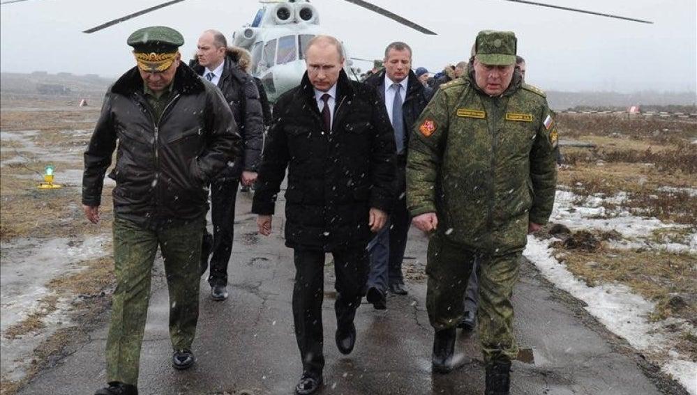 El presidente de Rusia, Vladímir Putin, y el ministro ruso de Defensa