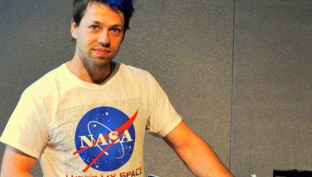 Josiah Zayner, científico de la NASA