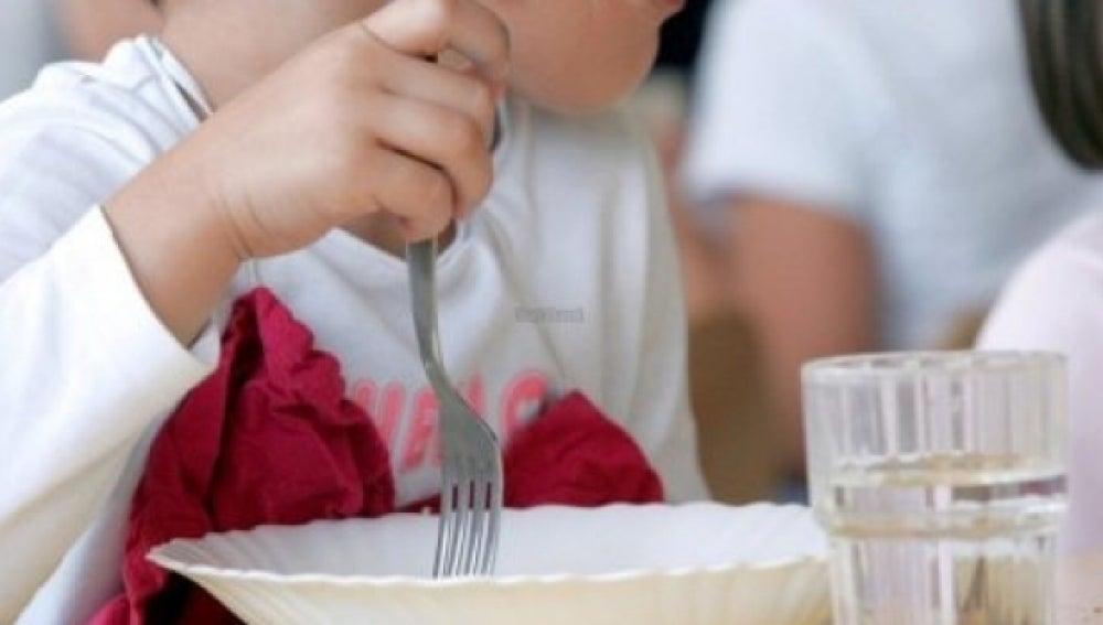Un menor en un comedor social