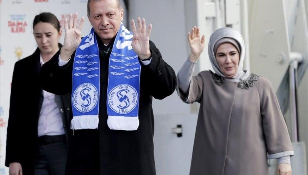 El primer ministro turco, Recep Tayyip Erdogan, en un acto electoral en Estambul