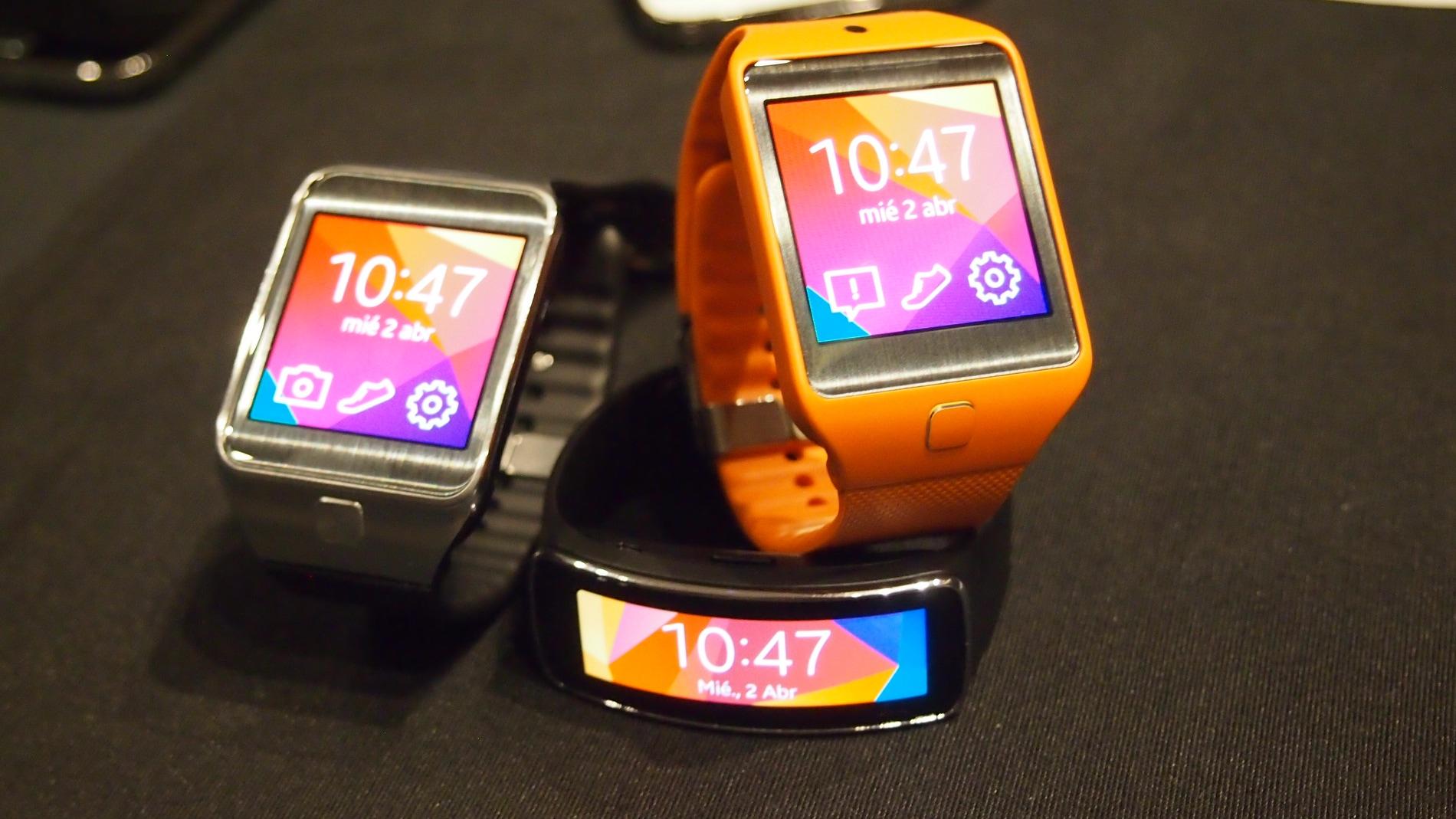 Samsung se saca de la manga tres nuevos Gear