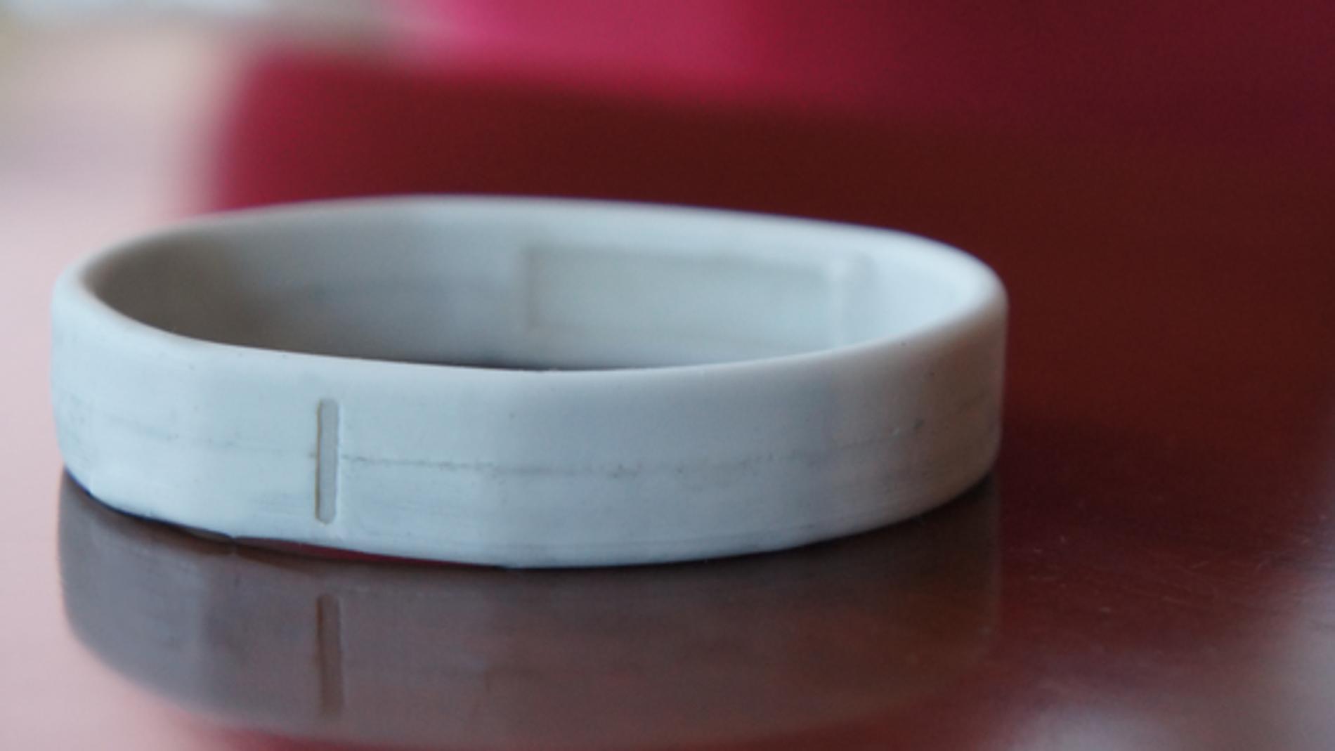 Una pulsera inteligente que funciona con NFC