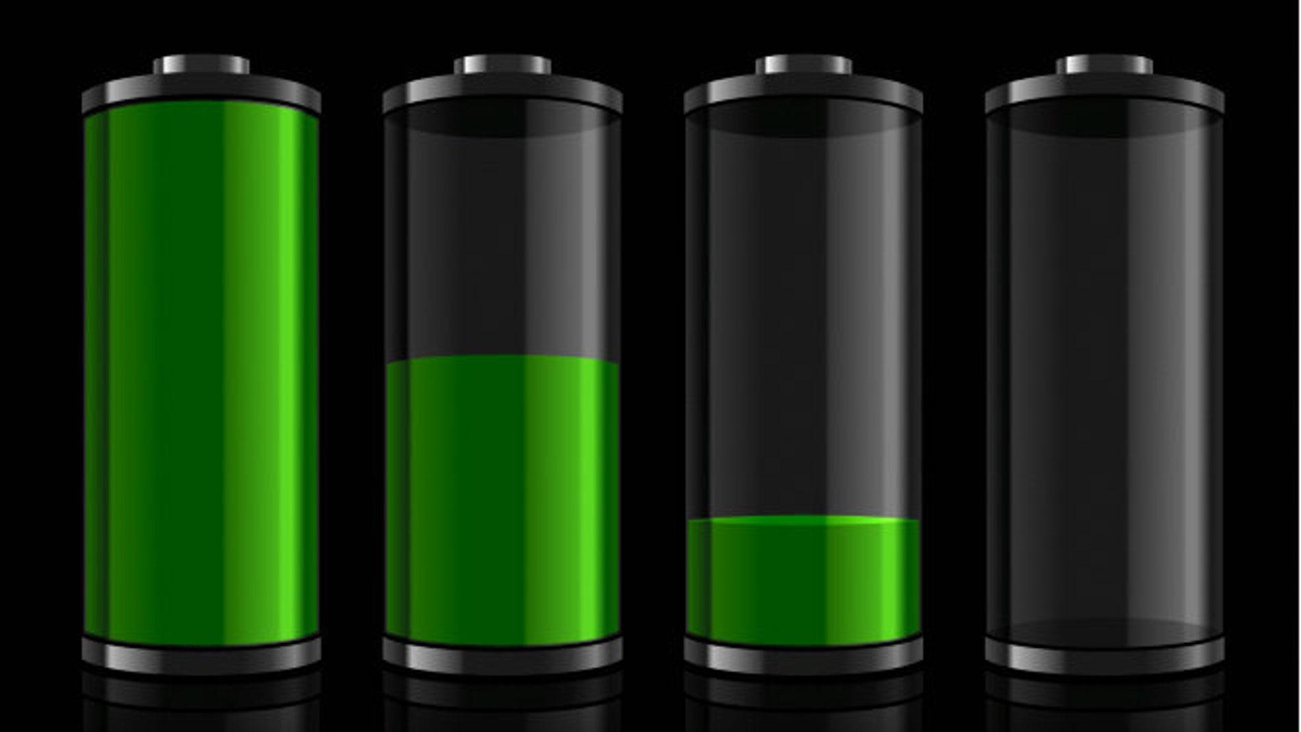 El reto de cada día: aguantar hasta la noche con batería en el teléfono