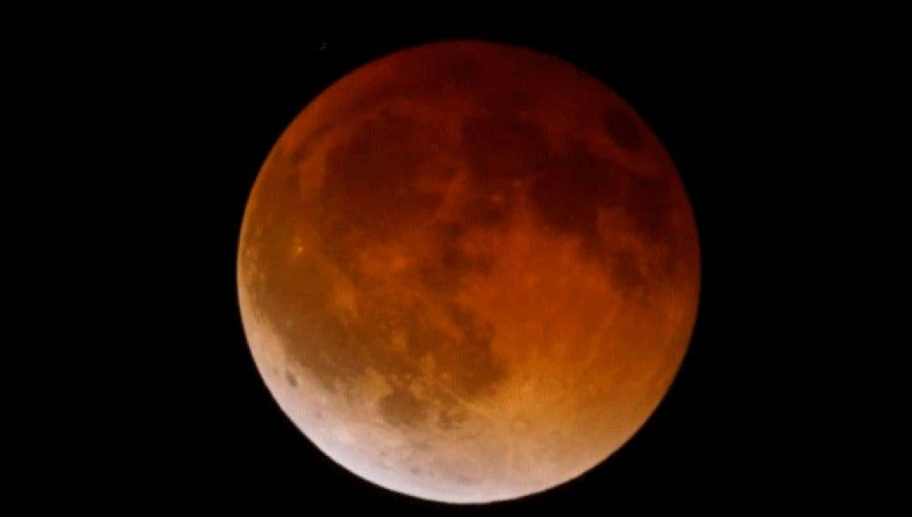 La Luna, a las 10.19am hora peninsular española