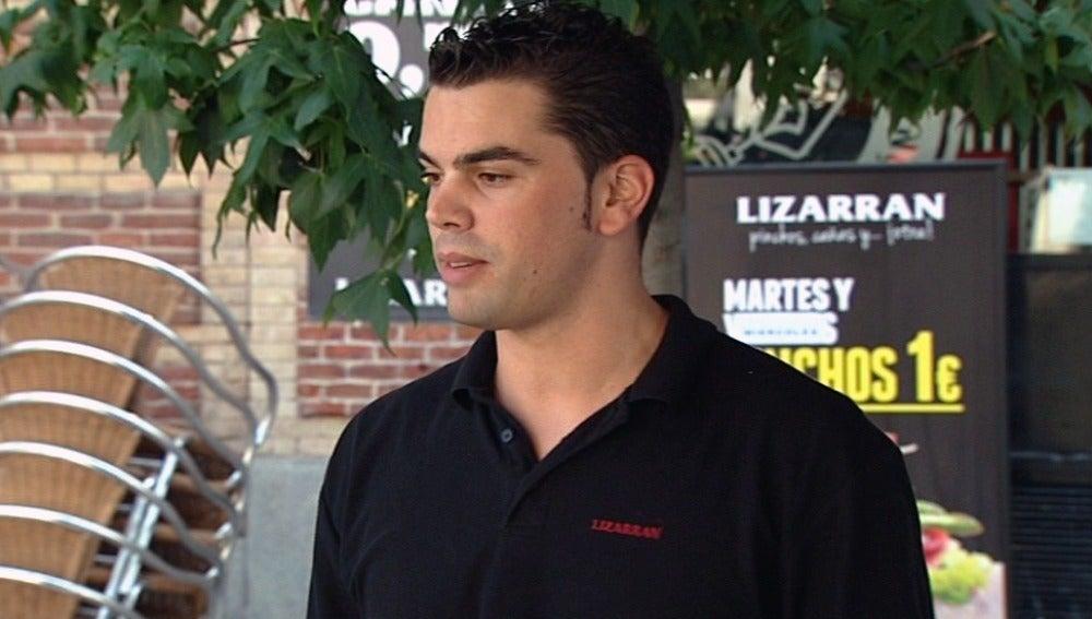 Ismael, encargado de una de las tabernas Lizarrán
