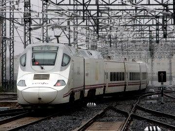 Imagen de archivo de un tren Alvia