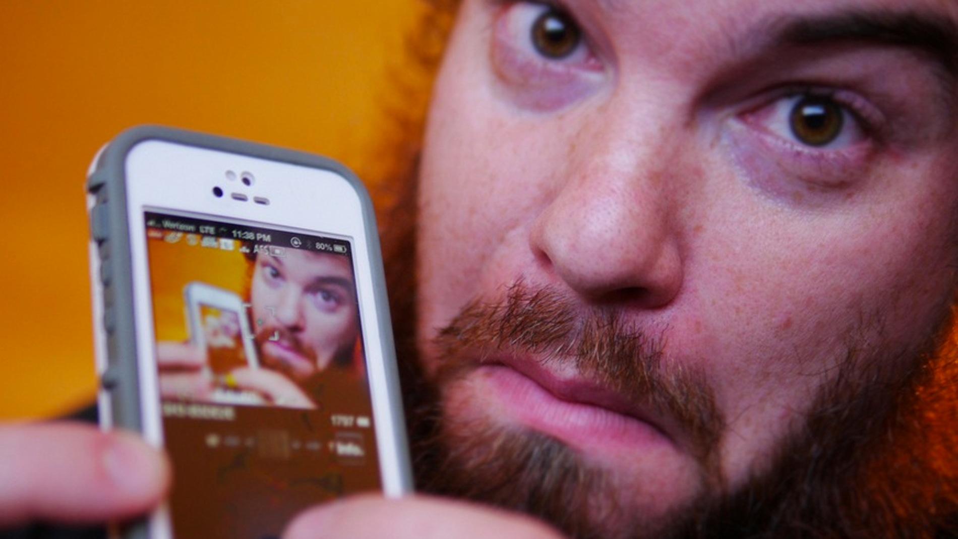 Nunca más te volverá a salir mal un 'selfie'