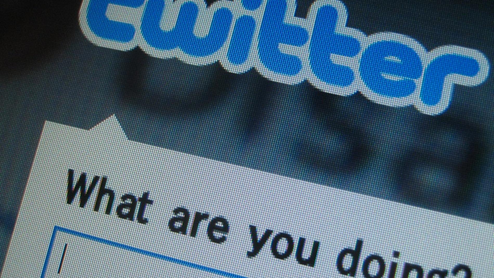 Ya no tienes excusa para aguantar plastas en Twitter