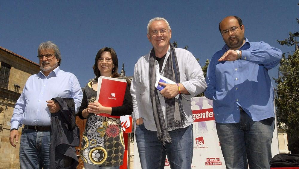 Cayo Lara junto a Santiago Ordóñez, José María González y Carmen Duce
