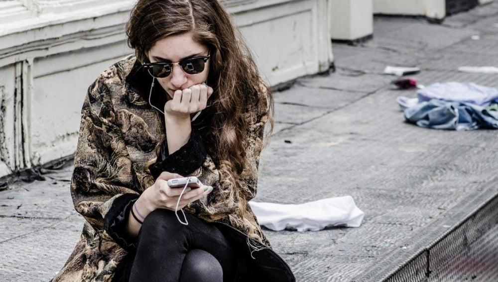 Muchas apps te ayudan a no tener que estar tan pendiente del teléfono