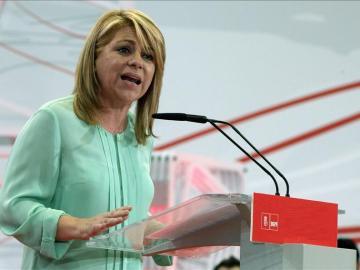 Elena Valenciano durante un acto electoral