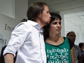 Pablo Iglesias, cabeza de lista de Podemos a las Elecciones Europeas, y Teresa Rodríguez, segunda de la lista