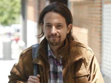 Pablo Iglesias en una imagen caminando