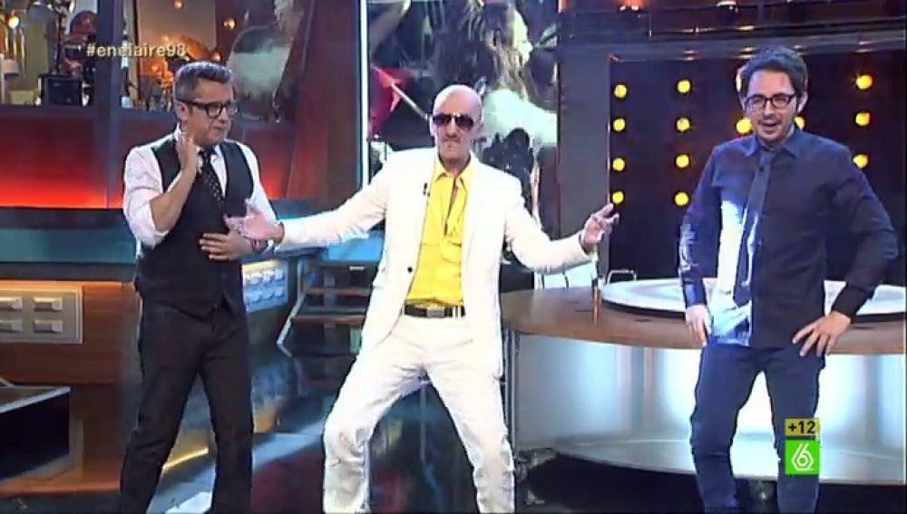 Pitbull crea una nueva sintonía  para 'En el aire'