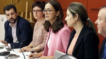 Los concejales de Santiago, durante la rueda de prensa tras presentar su dimisión