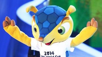 Fuleco, un armadillo de tres bandas como mascota del Mundial de Brasil