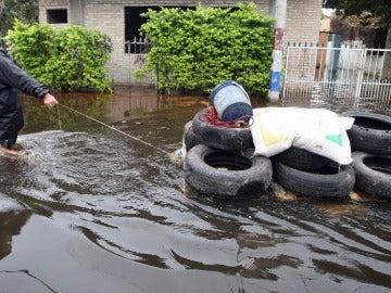 Nivel del río Paraguay sigue en alza en Asunción y agrava inundaciones