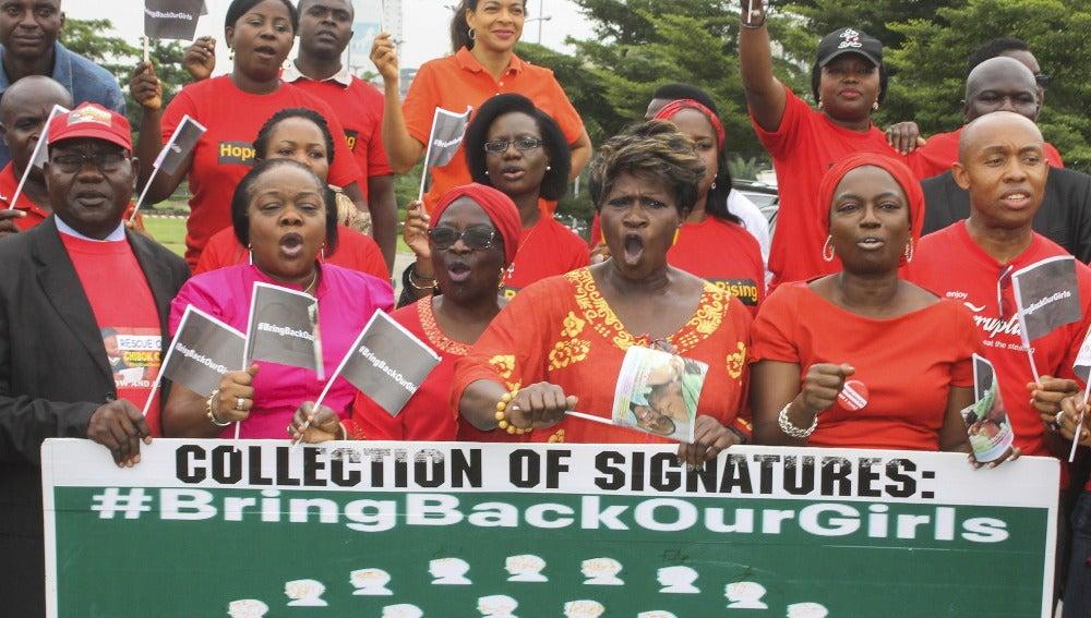 Activistas nigerianos de la Comisión Nacional de Derechos Humanos
