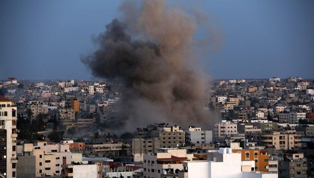 Aviones de combate atacaron por séptimo día consecutivo Gaza