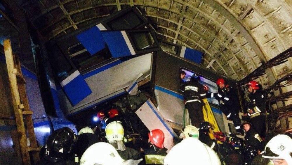 Así terminó uno de los vagones del metro accidentado