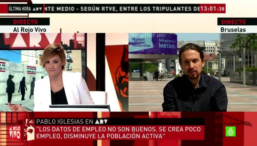 Pablo Iglesias habla con Cristina Pardo