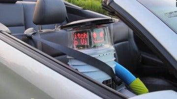 HitchBOT, el primer robot autoestopista