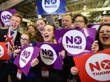 El 'no' vence en Escocia