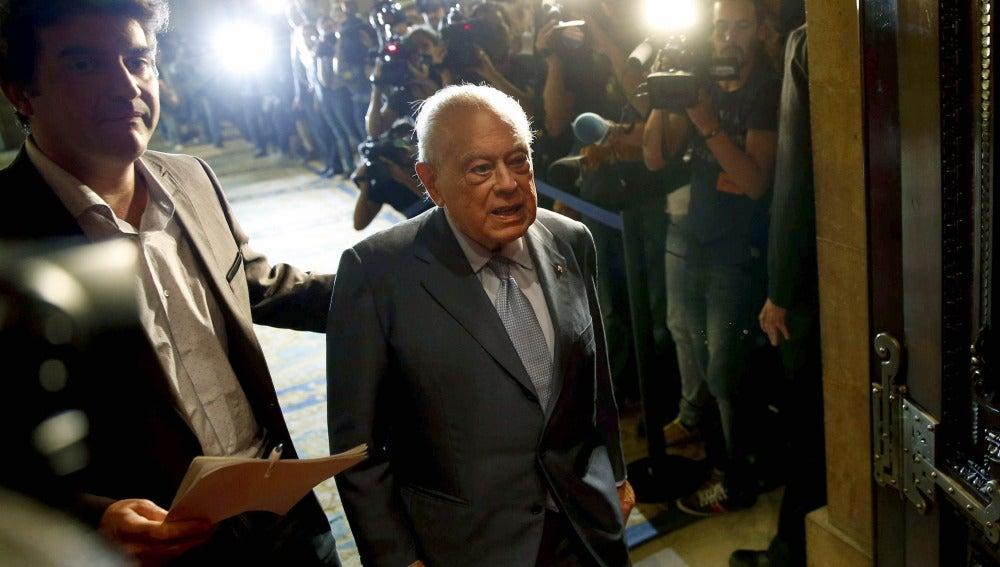 Jordi Pujol a su llegada al Parlament