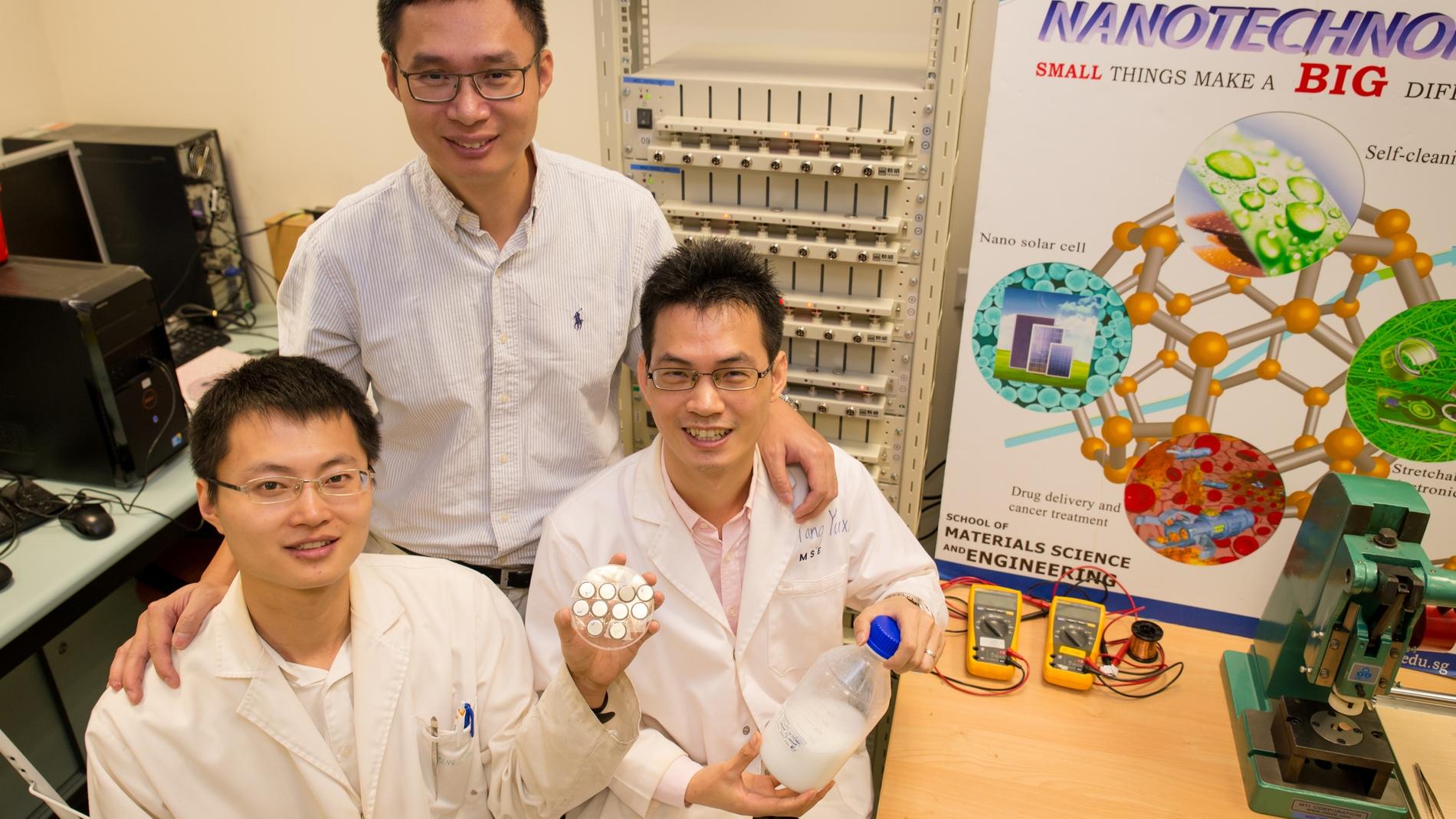 Los científicos que crean la batería para toda la vida