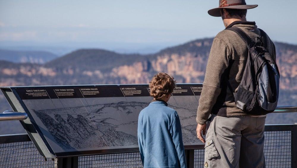 Dos visitantes en el Blue Mountains Nati